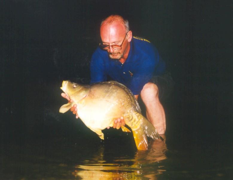 WCC99-Pic 56 - Fish at night