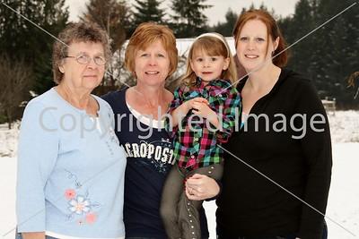 Bev,Sharyl,Misti,Sophia 11-25-10