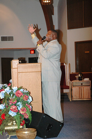 Victorious Cross 49th Church Anniversary featuring Dorinda Clark-Cole May 14, 2008