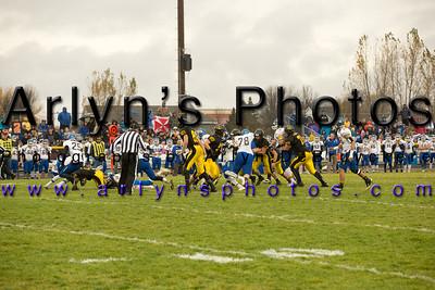 Hutch Football vs Waseca