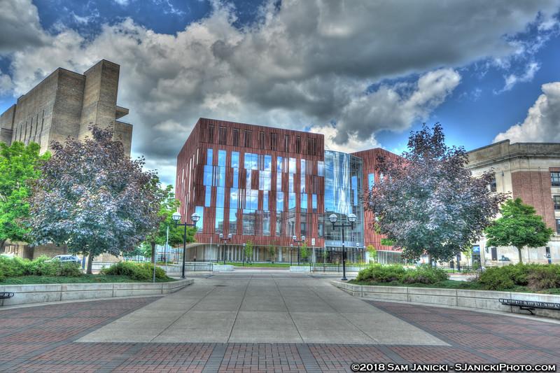 7-04-18 Biological Sciences Building HDR (79).jpg