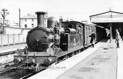 Adams LSWR Class 02 Isle Of Wight Locomotives Pre 1968 S.R & B.R era