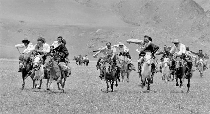 20-Khampa Horsemen_.jpg