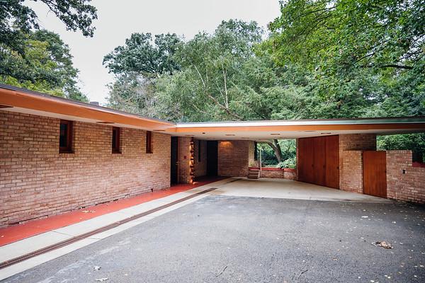 FLW Laurent House