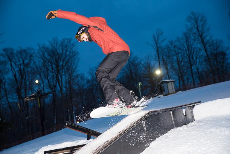 The-Woods_Snow-Trails-Mansfield-Ohio-8674.jpg