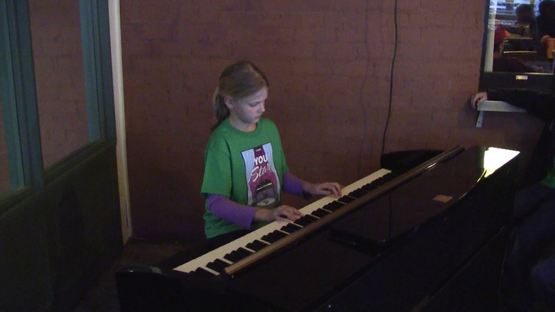 Jalyn's Christmas Song, much slower than it was suppose to be!  Teacher made a mistake on tempo!