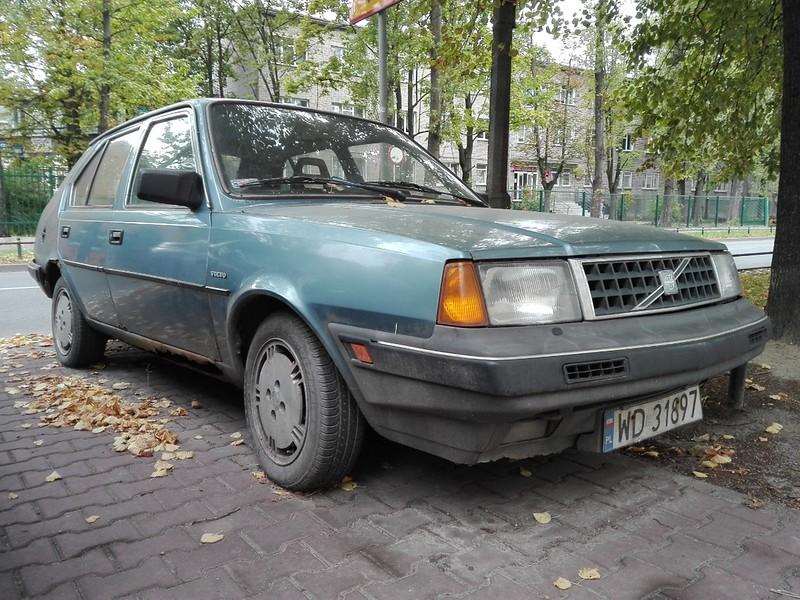 Volvo 340.jpg