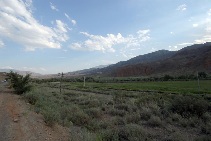 060723 2225 Kyrgystan - Lake Issuk-Kul - Drive from Airport _D _E _I ~E ~L.JPG