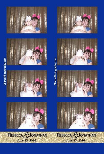 Becky + Jonathan = Open Photobooth