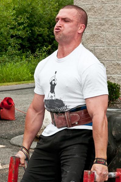 Fitness Revolution Strongman Challenge 2011_ERF3959.jpg