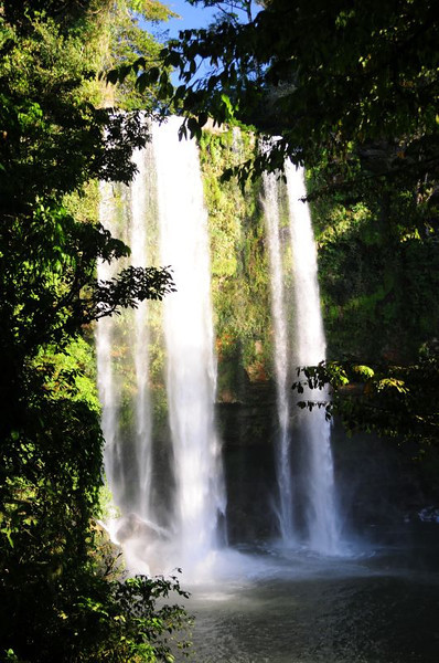 The Misol Ha falls, just minutes away from the Pej Pem Center. See more pictures here, and a YouTube video here.