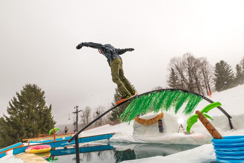 Pool-Party-Jam-2015_Snow-Trails-598.jpg