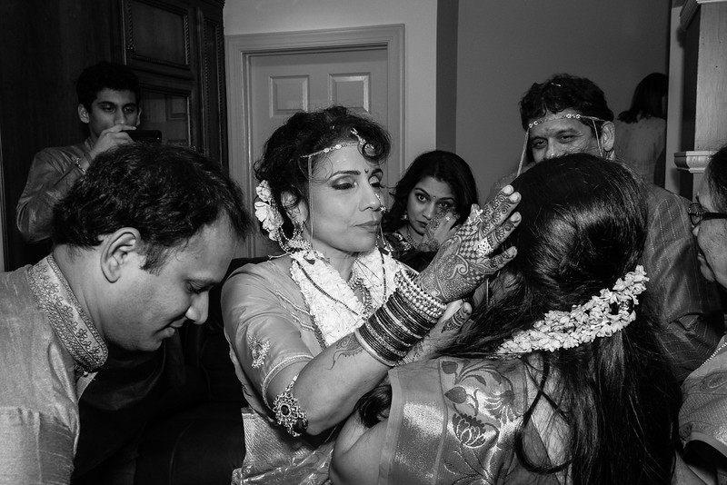 Neha ceremony 4-6 E2 1500 70-8444.jpg