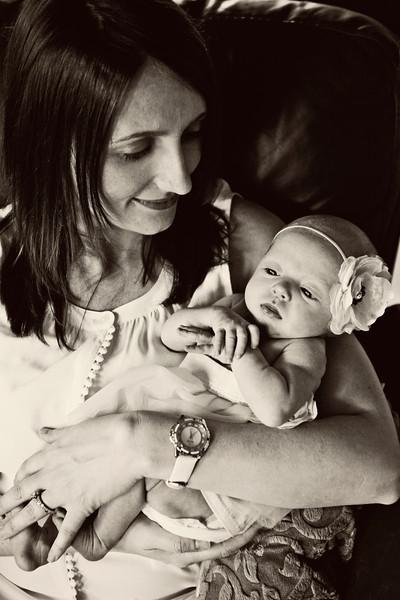 Baby Emma 060B&W.jpg