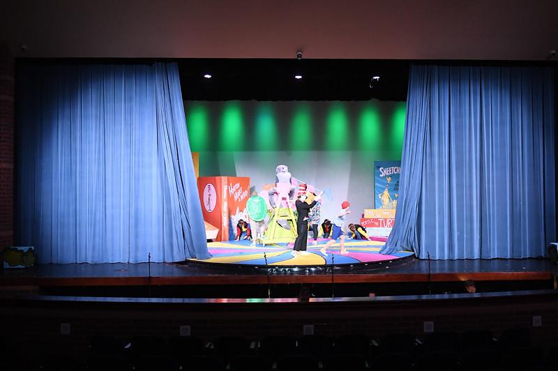 kenston_center_stage_4964.jpg