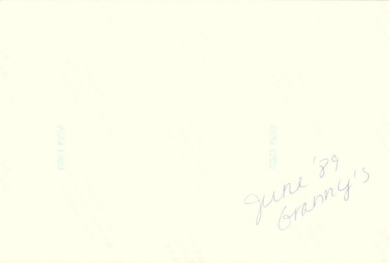 1989_June_Visit_with_Granny_0008_b.jpg