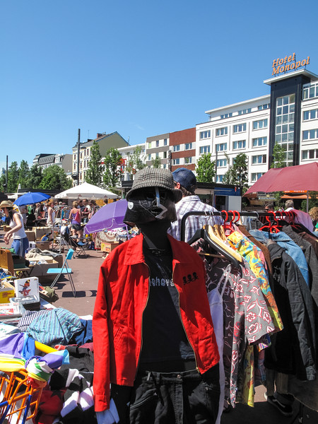 2010-06-06-Flohmarkt 89.jpg