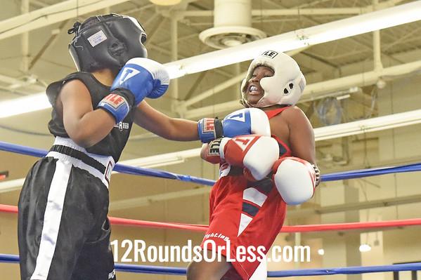 Bout 4 Daylen Hooze, Blue Gloves -vs- Darius Sitgraves, Red Gloves, 1 Min. Rds.