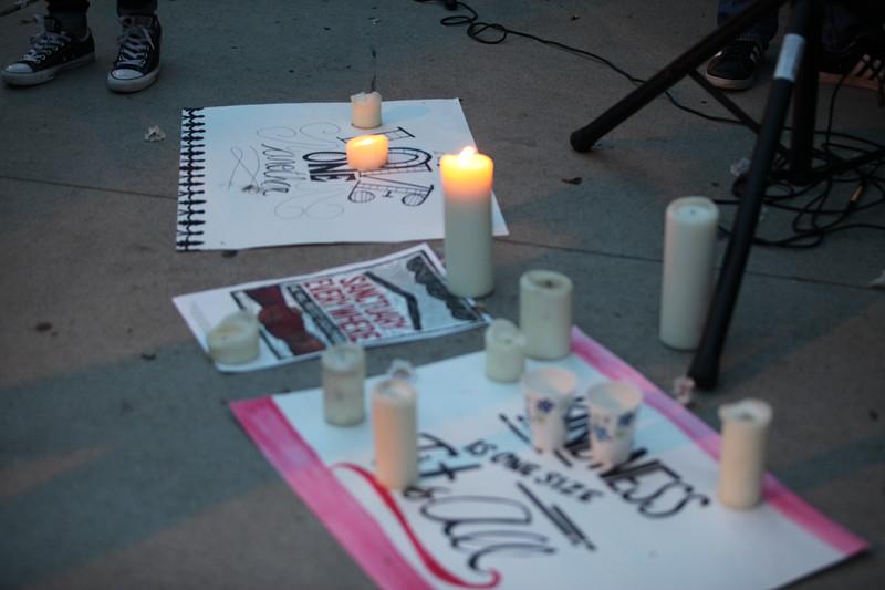Charlottesville Vigil - Castro Valley 8-13-2017-Mickey Souza-25.JPG
