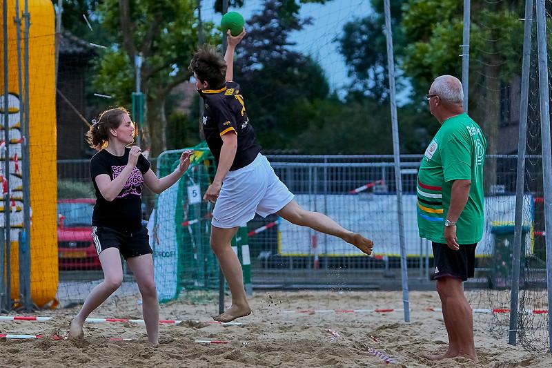 20160610 BHT 2016 Bedrijventeams & Beachvoetbal img 205.jpg