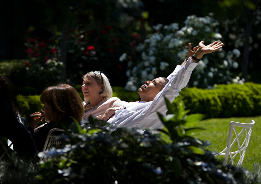 "Description of . May 20, 2009 ""It was a glorious spring day and President Obama decided to move his meeting with his senior advisors outside to the Rose Garden."" (Official White House photo by Pete Souza)"
