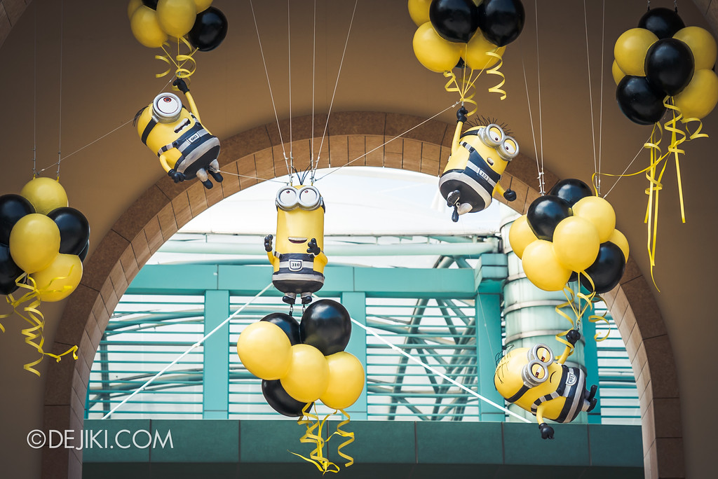 Universal Studios Singapore Park Update July 2017 - Despicable Me Minion Breakout Party event / Jailbird Minions flying away