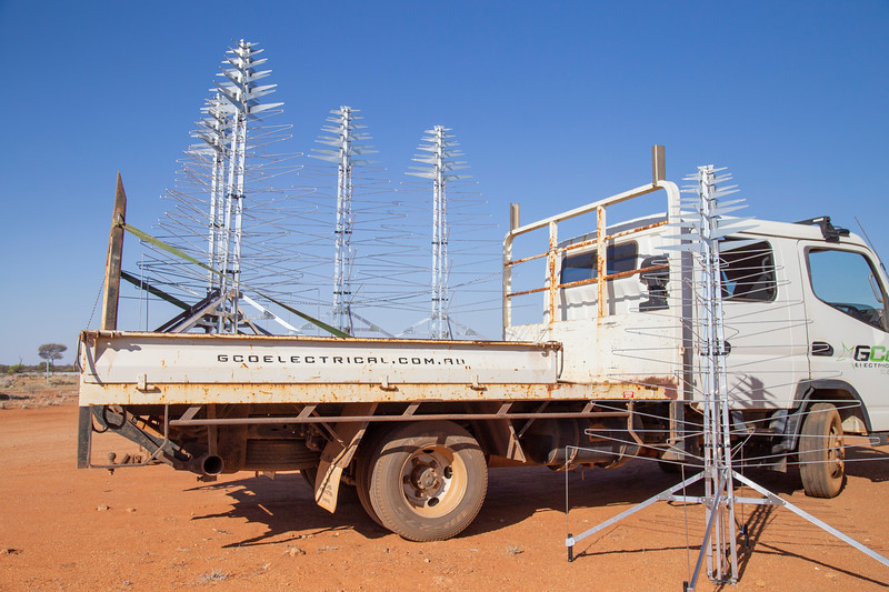 Assembling AAVS Antennas