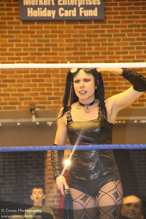 UWF 12/7/12 - Mistress Belmont vs Mickie James