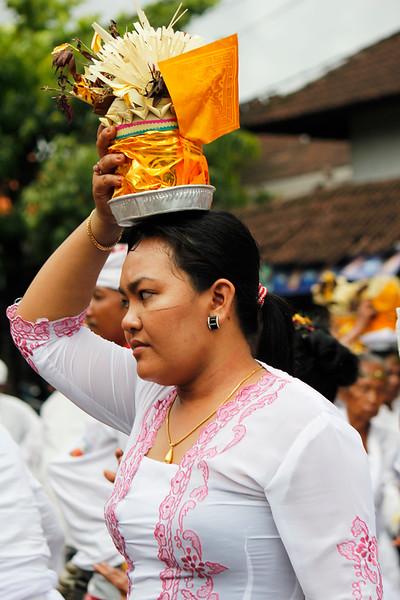 Flower Girl 4, Bali
