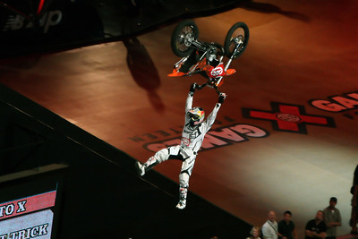 JUST ADDED!! X GAMES 14: Moto X - Best Trick Comp!!