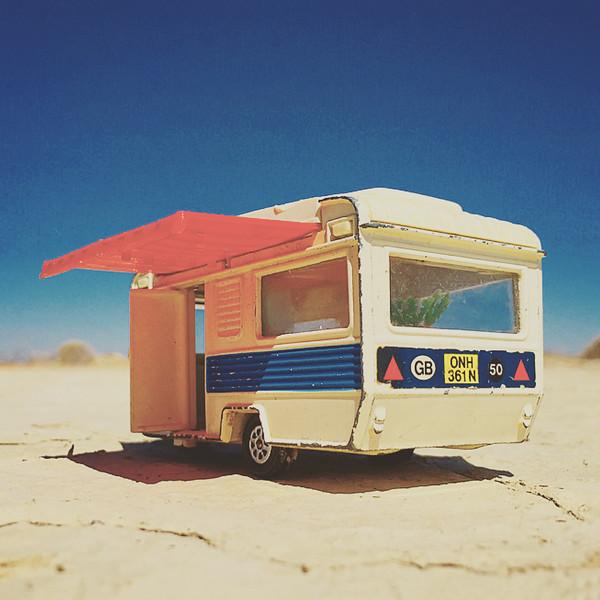 Desert_Trailor_jerrybusiness.JPG