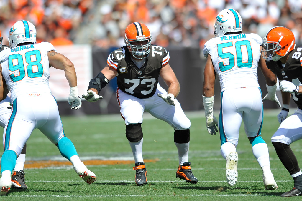. Cleveland Browns tackle Joe Thomas (73) during an NFL football game against the Miami Dolphins Sunday, Sept. 8, 2013, in Cleveland. Miami won 23-10. (AP Photo/David Richard)