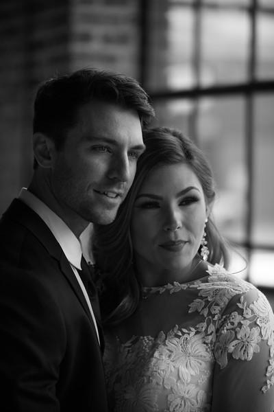 Kate&Josh_B&W_ZACH.WATHEN.PHOTOGRAPHER-287.jpg