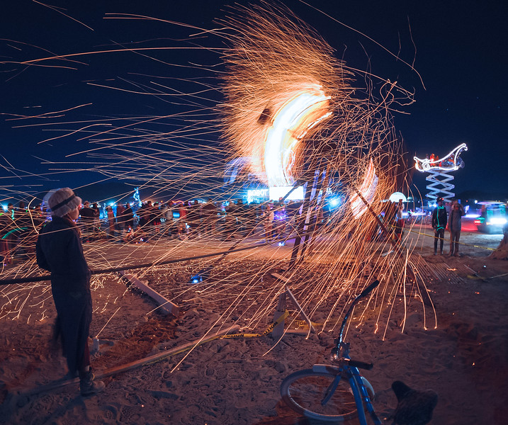 Burning-Man_2009_by_Nadav_Havakook_3734_(by_Nadav_Havakook).jpg