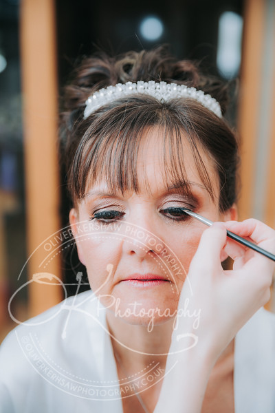 Wedding-Sue & James-By-Oliver-Kershaw-Photography-110828-2.jpg