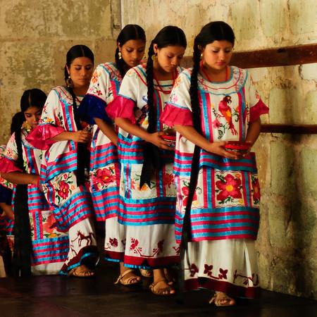 Oaxaca - Dances of the Guelaguetza