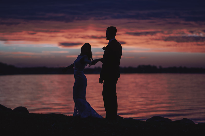 Sunset Wedding Lake Shore Yacht and Country Club Cicero New York 065.jpg