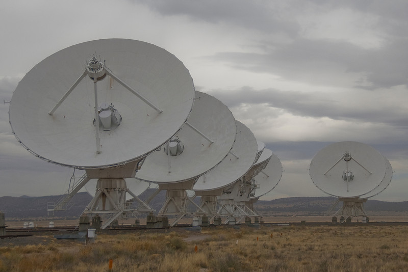 Large antennas in Very Large Array, Socorro, New Mexico