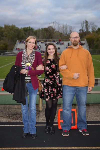 2015-10-09 Senior Night FB