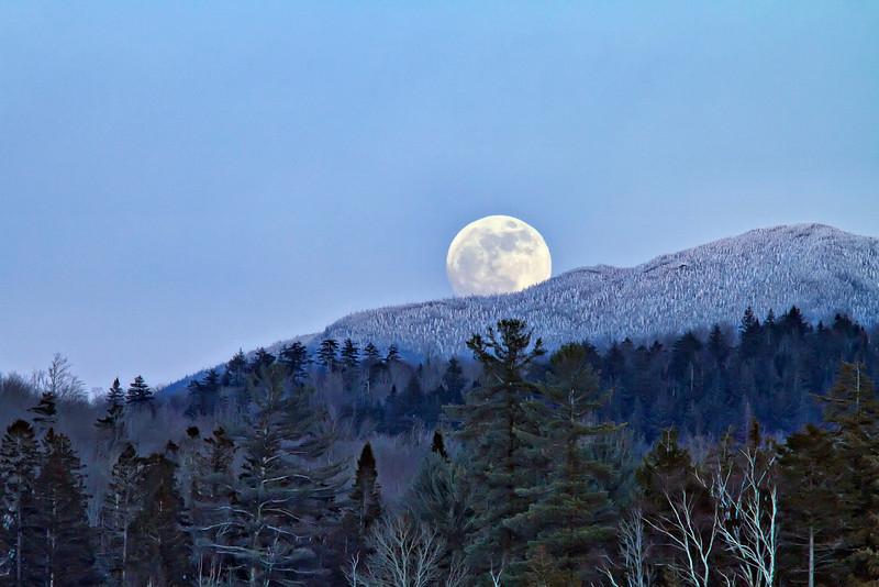 """Wolf"" Moon over the Adirondacks, January 2010"