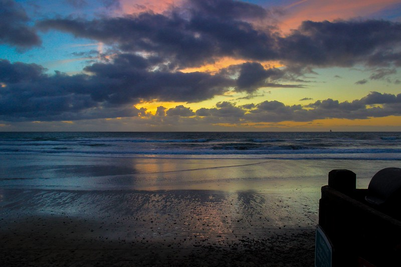 Sunset at Grandview in Leucadia, Calif, Dec 13, 2015. Taken from a landing on the steps of the access.