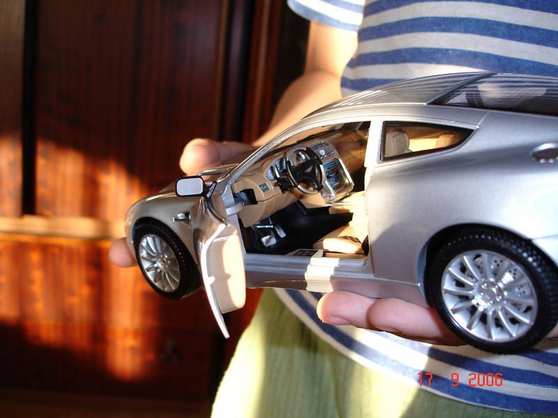 2006-09-17 Aston Martin 02.JPG