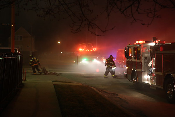 MAYWOOD, IL  2ND ALARM FIRE 906 S. 6TH AVENUE (04-02-2015)  2ND/RED SHIFT