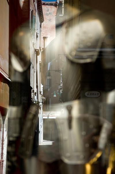Armor on a shop window, Venice, Italy