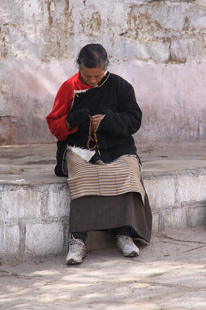 Monks debating @ Sera Monastery