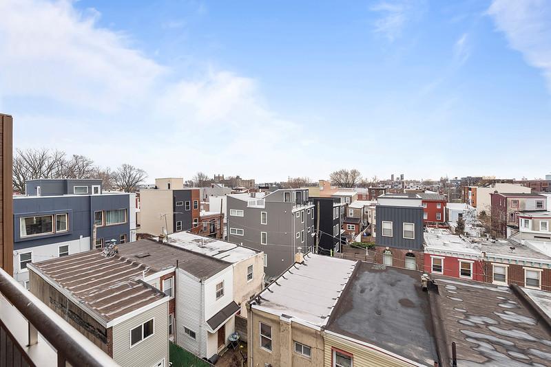 1 Yoav Shiiffman 6 units 438 Memphis Street-online-10.jpg