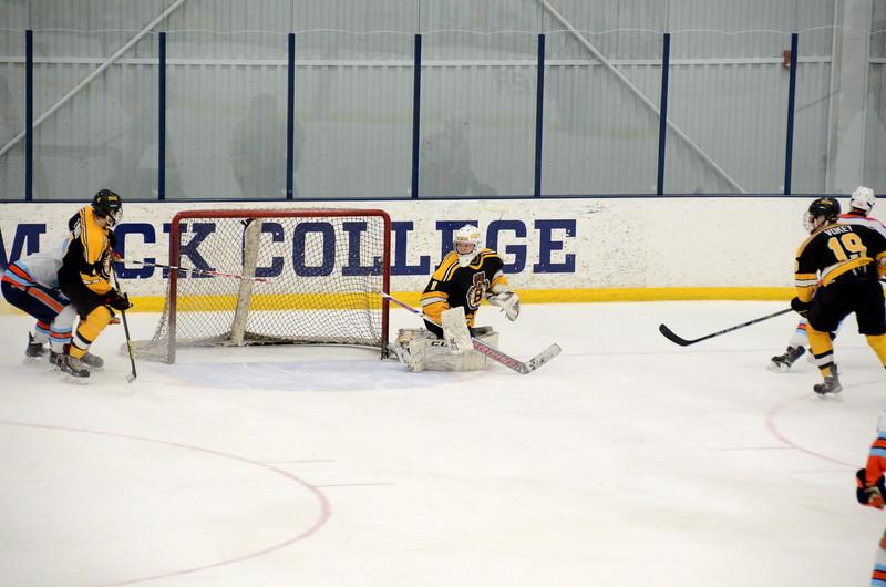 141122 Jr. Bruins Hockey-064.JPG