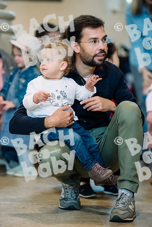 © Bach to Baby 2017_Alejandro Tamagno_Regents Park_2017-09-16 003.jpg