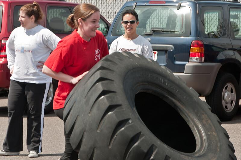 Strongman Saturday 4-14-2012_ERF4127.jpg