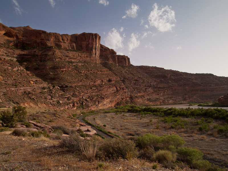After eating dinner in Moab, we headed north towards Castle Valley Inn.  This is UT128 which follows the Colorado River